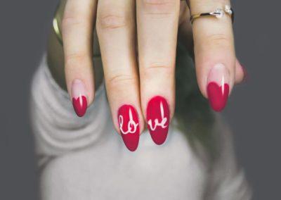 Manicure kosmetyczny